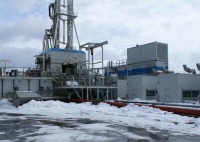 Bohrplatz und Geothermie Kraftwerk